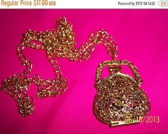 SALE Vintage Gold-Tone Filigree Purse Necklace