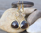 Dangle Earrings with Smokey Quartz Brown Teardrop and Champagne. Brown and Champagne Dangle Earrings in Gold.  Jewel Fashion Earrings.