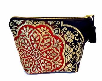 "Japanese Kimono  ""Samurai Black"" make up pouch -big / zipper pouch/ cosmetic purse / kimono fabric / large size pouch"