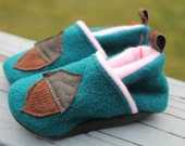 Baby girl Slippers / wool Boots / Leather Soles Shoes / Acorn / Girl booties