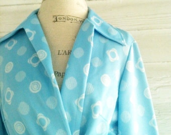 Vintage 60s Blazer: Baby Blue and White Buttonless Top with Matching Belt