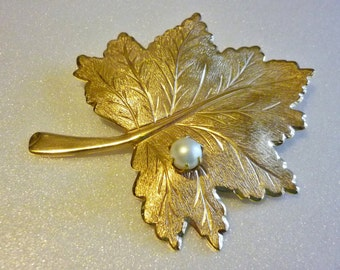 Golden Autumn Leaf with Pearl Brooch vintage Sarah Coventry