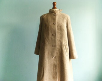 Vintage wool coat women / beige / a line / maxi long / medium large