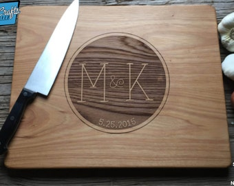 Reversed Monogram - Personalized Cutting Board, Engraved Cutting Board, Personalized Wedding Gift, Housewarming Gift, Anniversary Gift