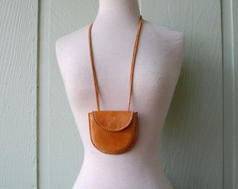 Vintage Tanned Hyde Leather Necklace Belt Pouch Small Medicine Bag Boho Hippie Aztec Indian Native Natural Tribal Bag Shaman Fairy Gypsy Bag