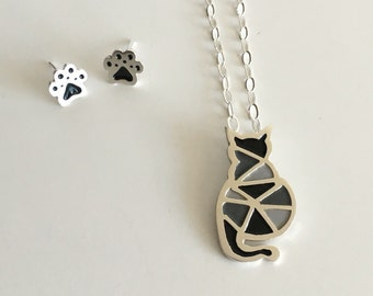 Origami Cat Necklace in Sterling Silver 925 with silver Chain - gift for a friend - original design