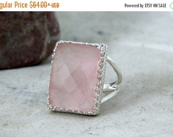 SUMMER SALE - rose quartz ring,love stone ring,silver ring,rectangular ring,pink quartz ring,pink ring,semiprecious ring