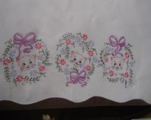 Tobin Stamped to Embroider Kittens In Wreath Pillowcases with Matching Dresser Scarf--Thread included