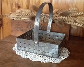 Weaved Metal Basket Rustic Primitive Country Decor
