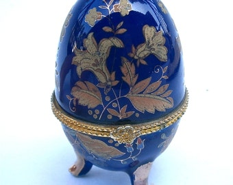 Vintage Cobalt Blue Egg Box Gold Gilt Tone Flower Ceramic Trinket Royal Blue Indigo Fancy Easter New Beginning Baby Pottery Clay Collectible