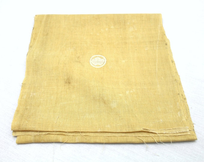 Vintage Japanese Hemp Linen Fabric with Botanical Dye and Kamon Design (Ref: 1251)