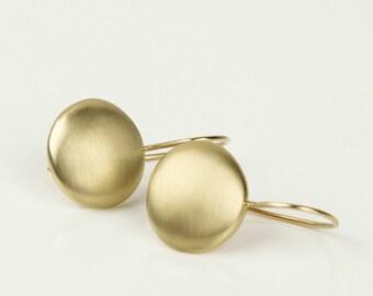 14k gold drop earrings, gold modern minimal earrings, fine jewelry earrings, solid gold earrings, pebble earrings