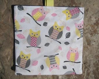 Owls Reusable Sandwich Bag, Reusable Snack Bag, Washable Treat Bag with easy open tabs