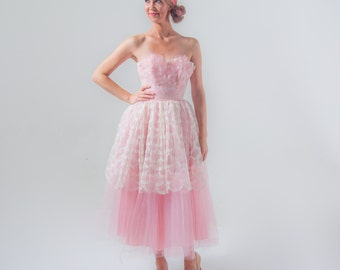 1950's Pink Tulle Prom Dress / 50's Cupcake Party Dress Lace Sweetheart Bust Tea Length XXS/ XS