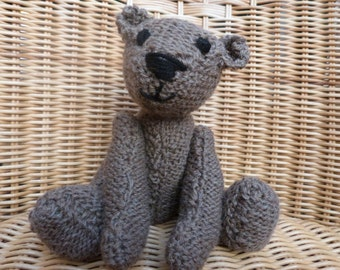 Handmade teddy bear Old Fashioned Brown Vintage Style Knitted Brown Teddy Bear in 100% Wool