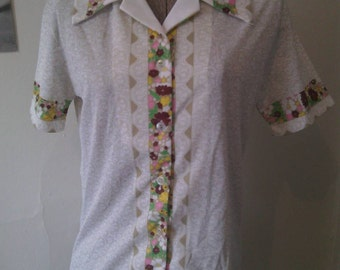 Vintage 60s 70s Polyester Button Up Shirt Floral