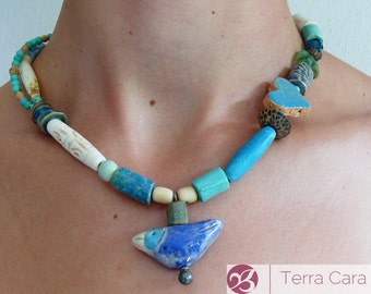 Artisan Jewlry fly little bird - necklace with artisan beads