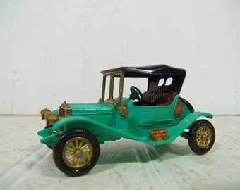 Vintage Lesney Die Cast Car Models of Yesteryear Collection - 1911 Maxwell Roadster Made in England - Mid Century Matchbook Collectible Car