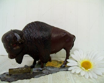 Vintage American Bison Model - Aurora Plastics Co WIld Buffalo Statue - Mid Century Plastic Hand Crafted DIY Wild Animal Kit Figure