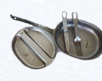 Antque Army Mess Kit with Silverware, WW II Memorabilia, World War 2, Military Memorabilia, Military Dishes, Army Dishes, Army Memorabilia