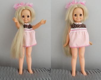 vintage 1969-70s Ideal Hair Grow Doll  / Crissy Doll Cousin Velvet Doll