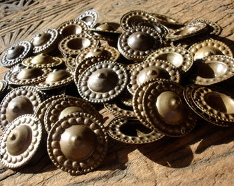 100 x Turkoman style tarnished large  mixed gold colour buttons with two holes