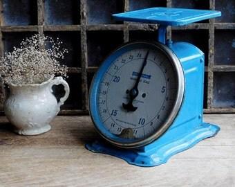 Vintage Blue Metal Scale, Universal Household Kitchen Scale, Farmhouse, Industrial Cottage Decor