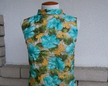 SALE 30% 60s Pin Up Top Floral Mad Men Blouse Turquoise Yellow Summer Zip Back Size Small