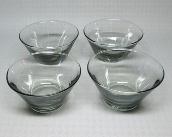 Libbey ripple glasses designed by Freda Diamond , this is 4 gray bowls