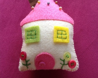 Little House Pincushion