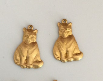 Best Chubby Cat Charm with Ring (4 pc)