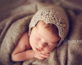 KNITTING PATTERN for The Lacey newborn bonnet