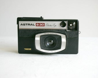 retro astral s30 electric eye camera