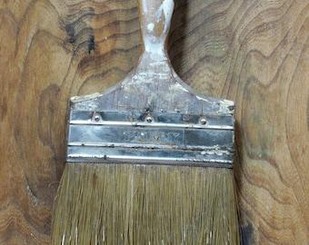 Vinatge Paint Brush Decor, Industrial Decor, Primitive Decor, Vintage Wood Handle Used Paint Brush, Paint Brush Collage Display, Vtg Brushes