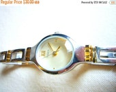 Timex womens wrist watch raised glass mint condition