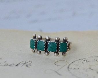 Vintage Zuni Turquoise Ring - Size 8.5