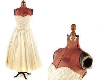 Vintage 50s Sheer Cream Organza Strapless Sweetheart Party Prom Wedding Evening Dress S
