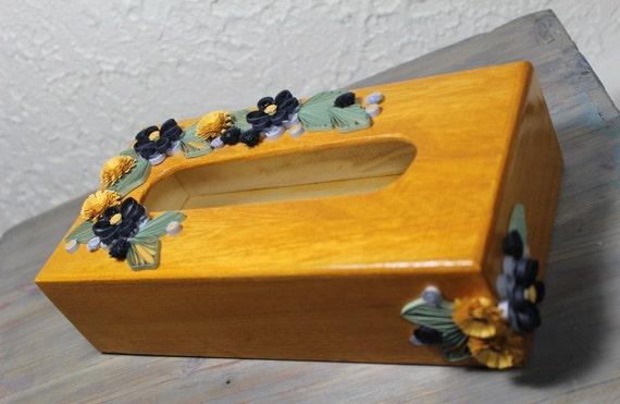 bo te de bois pour papier mouchoir bo te quill e marguerites. Black Bedroom Furniture Sets. Home Design Ideas