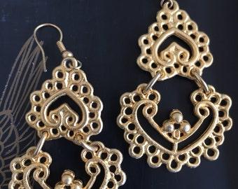 Beautiful vintage Mughal chandelier earrings