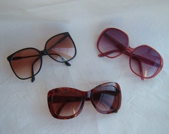 Lot of (3) Mid Century Ladies Sunglasses