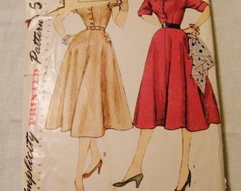 Vintage Sewing Pattern, Simplicity 8413, 50s Dress Pattern, Four Gored Skirt, Size 16 Bust 34, Rockabilly Dress, Mid century
