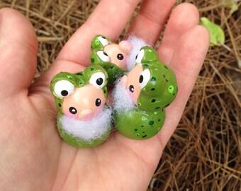 Gnomes | Green Frog Gnomes | Gnome | Gnome Figurines | Garden Gnomes | Gnomes for sale | Miniature Gnomes | Gnome Statue | Limited Edition