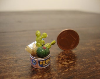 dollhouse Miniature tin  with succulents
