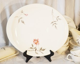 Comde Rose Ballerina by Universal Potteries 03