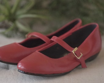 Red Leather Mary Jane, Size 5