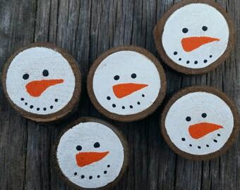 Painted wood slice magnets - snowmen