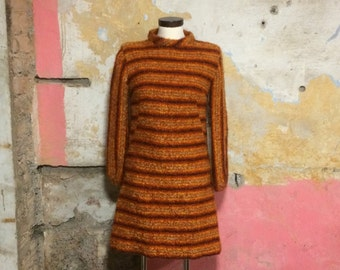 1960s Orange Striped Long Sleeve Fluffy Shift Dress UK 10, US 6, EU 38