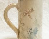 ceramic dragonfly coffee mug 20oz  stoneware 20B087