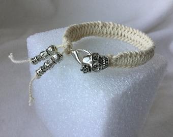 Bracelet, Woven Bracelet, Skull and String Bracelet, Knotted Bracelet, Macrame Bracelet, Friendship Bracelet