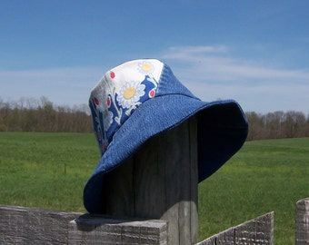 Denim Sun Hat Vintage Kitchen Flour Sack Towel Farmhouse Style Gardener's or Retirement Gift Cotton Lined